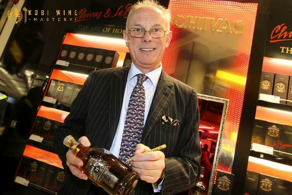 Colin Scott - bậc thầy pha trộn rượu Chivas